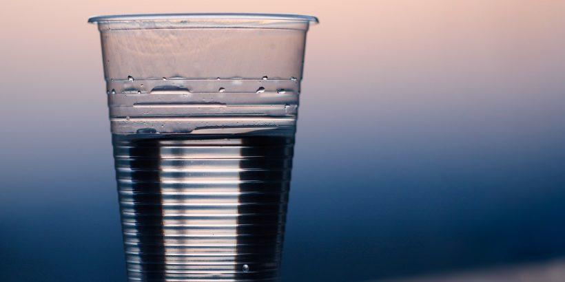 Gobelet d'eau